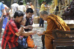 Монахи Таиланд