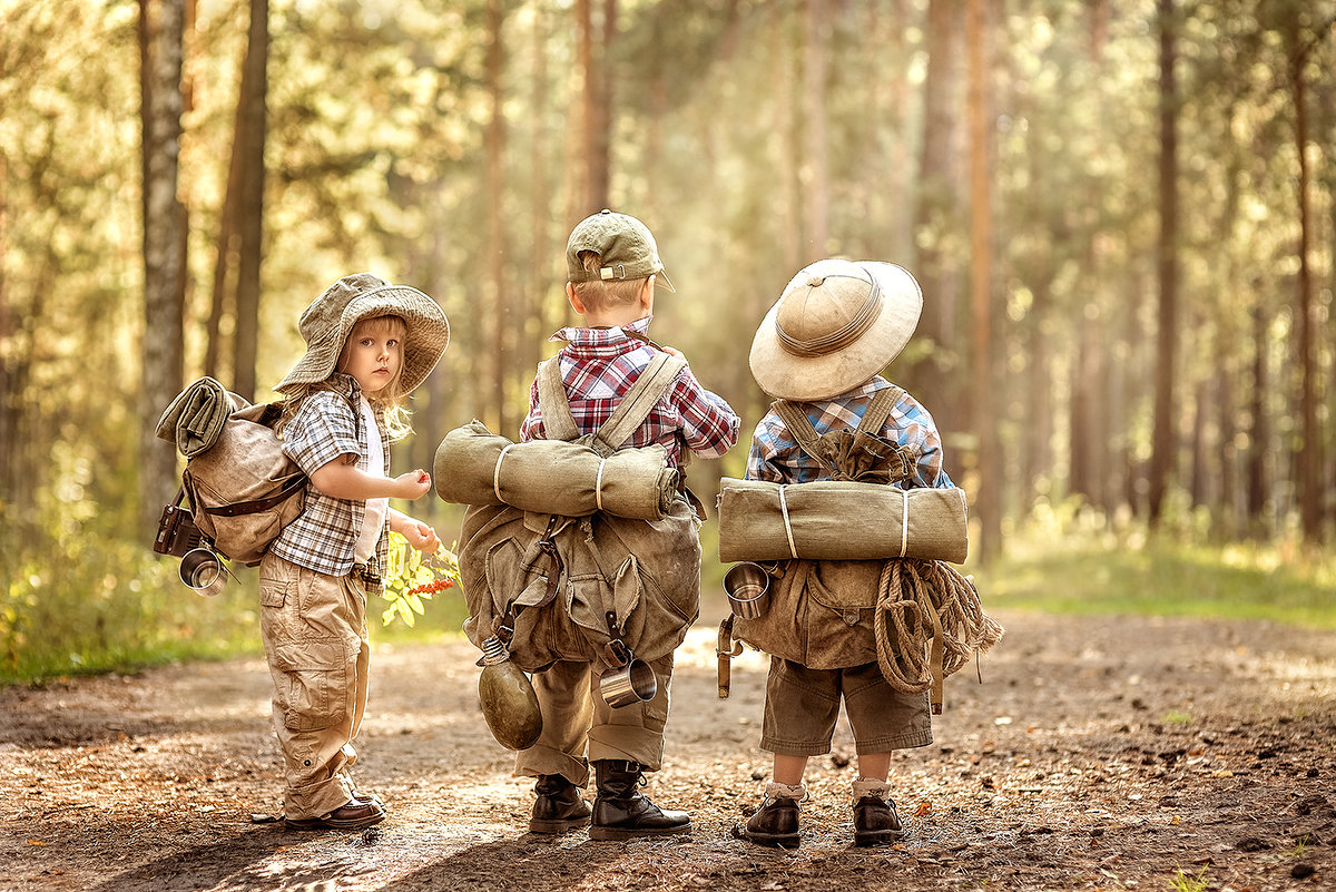Ребенок путешествует картинка